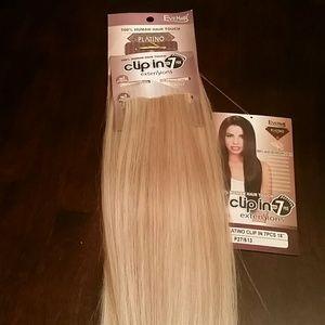 "18"" strawberry honey /blonde hair extensions"